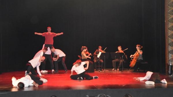 '32 cordes' a affiché complet au théâtre Piccolo !