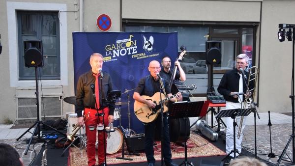 Dans le cadre du Festival  Garçon la note, le groupe chalonnais Quarte à Pulse fait swinguer « Le Purgatoire »