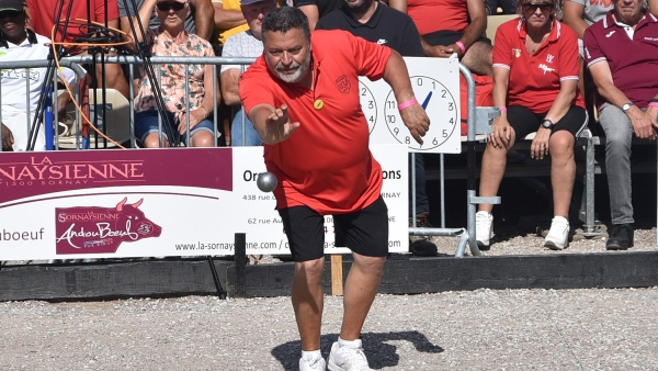 Après sa victoire au 42e National pétanque de Chalon-sur-Saône, Philippe Quintais s'est confié à info-chalon