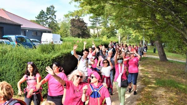 Association Toujours Femme : Une marche au parfum de « Chalonnaise »