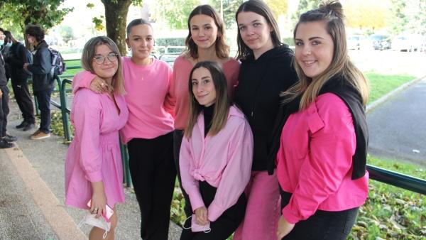 Le lycée Mathias se mobilise pour Octobre rose contre le cancer du sein