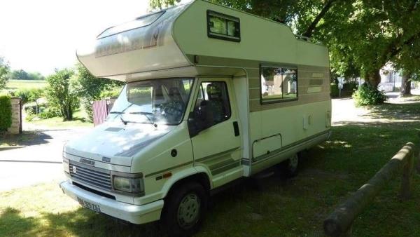 Appel à témoins d'une famille après le vol de son camping-car