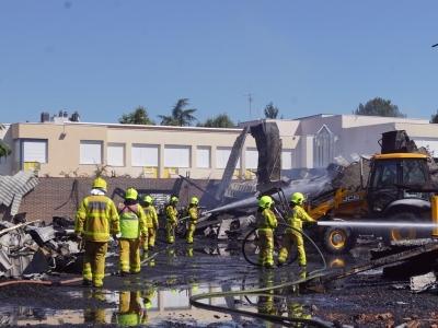 Le gymnase du collège Schuman à Mâcon détruit par un incendie cette nuit