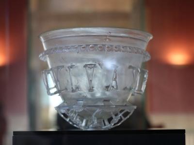 ARCHÉOLOGIE : Le vase diatrète restauré est de retour à Autun