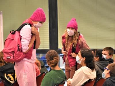 Collège Robert Doisneau à Chalon-sur-Saône : 'Renversante', la pièce de théâtre jouée devant des élèves de 5ème qui porte bien son nom