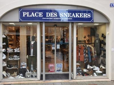 Place des Sneackers, le magasin qui habille toute la famille