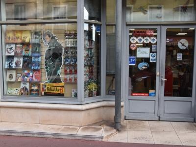 Antre des bulles à Chalon-sur-Saône : Pour un Noël inoubliable, faites le plein de cadeaux dans cette librairie spécialisée BD, jeunesse et imaginaire