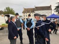 Contrôle des mesures sanitaires à Givry par les gendarmes