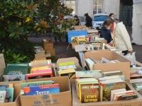 Plein succès pour la vente de livres de la bibliothèque municipale de Chalon-sur-Saône