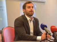 REGIONALES - Julien Odoul dénonce le financement des éoliennes par Marie-Guite Dufay
