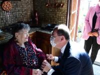 A Couches, Renée, 95 ans, a reçu avec bonheur Jean Castex