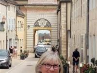 Sylvie Bargain croque les rues et les monuments de Givry
