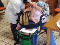 Vaccination collective contre la COVID à la Résidence des 7 Fontaines de Givry