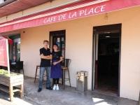 Le café de la place et le restaurant pizzéria La Valentina ont changé de propriétaires depuis le 1er Juillet.