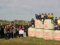 Saint Ambreuil : La commune et les parents inquiets face à la fermeture de leur classe isolée.