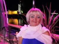 Tonnerre d'applaudissements pour Claudette Neel au Port-Villiers