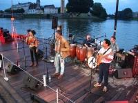 Entre deux gouttes d'eau, le concert de Yapunto au Port-Villiers