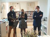 """«Quand l'ancien côtoie le contemporain"""", une exposition qui retrace 139 ans d'histoire de la bibliothèque givrotine"""