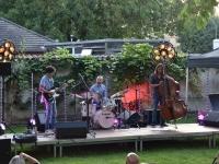 Chalon-sur-Saône : Concert de jazz pour le groupe ARK Trio au jardin botanique