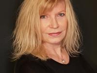 La chalonnaise, Krystel Cotelle sort son 1er roman 'En plein vol, Dialogues et confidences'
