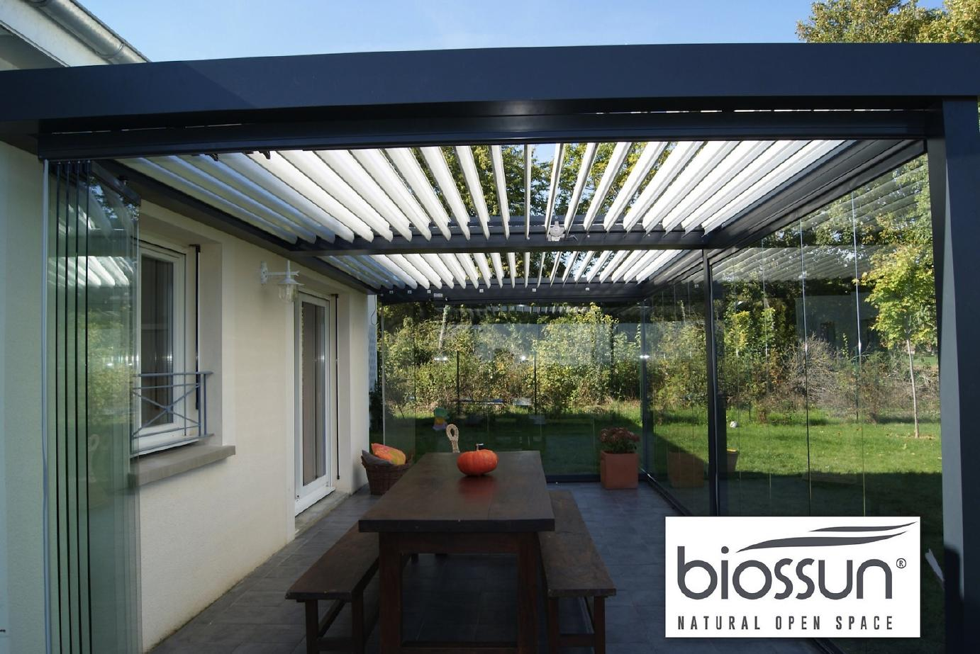 pergola bioclimatique biossun la pergola lames orientables sur mesure pergola bioclimatique. Black Bedroom Furniture Sets. Home Design Ideas