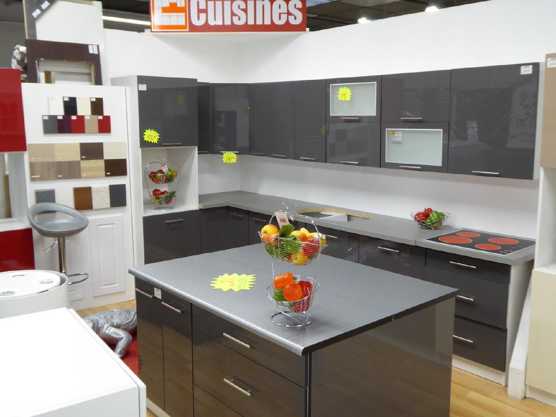 votre d p t vente troc n cash chalon sa ne c est aussi du neuf pour quiper votre g te. Black Bedroom Furniture Sets. Home Design Ideas