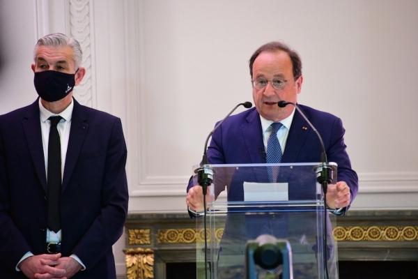 Pour François Hollande : «Le 10 mai n'est pas une nostalgie»