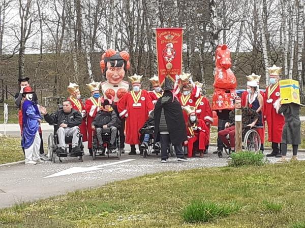 Le Foyer médicalisé Arc en Ciel  de Sevrey a quand même célébré Carnaval
