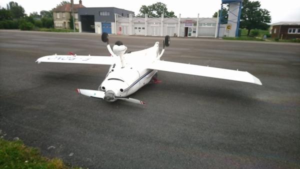 Mauvaise surprise au petit matin pour un pilote d'avion léger  à l'aérodrome