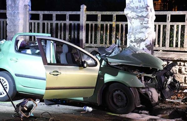 Un mort et quatre blessés, dont un grave, dans une voiture contre un arbre à Montceau les Mines