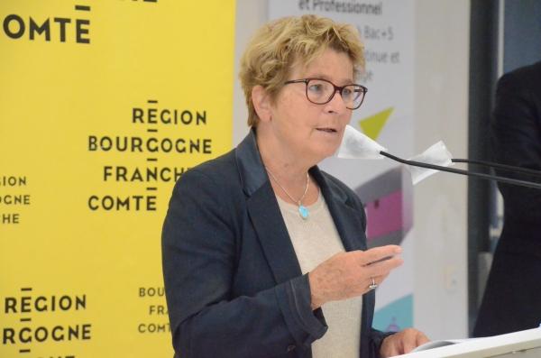 Marie-Guite Dufay salue la naissance du Parc naturel régional du Doubs horloger