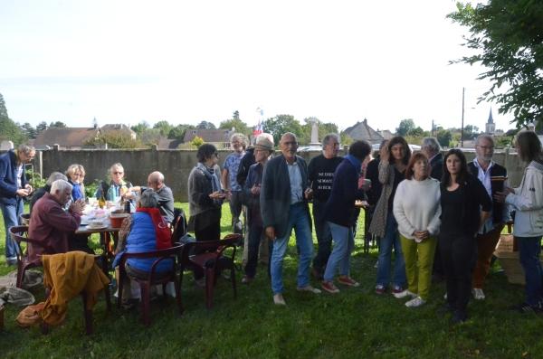 En Saône et Loire, les militants de la France Insoumise se préparent à la Mère de toutes les batailles électorales