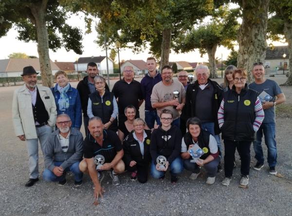 Info-Chalon donne la parole aux Présidents des clubs sportifs du bassin chalonnais : aujourd'hui, Christophe Marichy Président du club de Pétanque d'Ouroux-sur-Saône