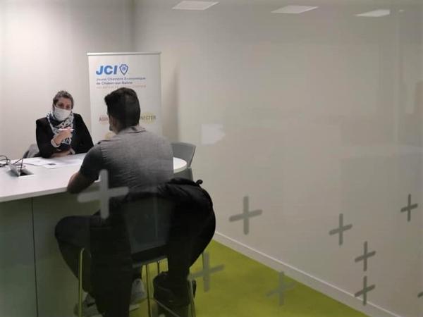 Jeune Chambre Economique de Chalon - Des jeunes apprentis formés aux techniques de recrutement