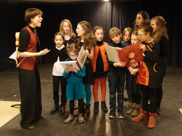 Musique Pluriel : à la découverte des chants du monde pour les 7 - 16 ans