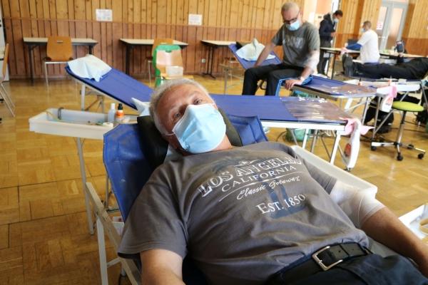 Sassenay, une belle collecte de sang.
