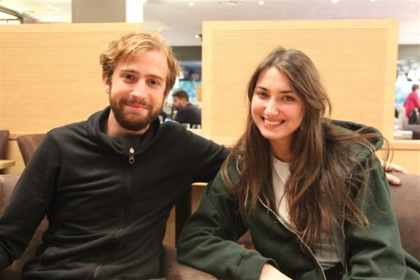 Les comédiens Ana Blagojević et Nicolas Pietri étaient de passage dimanche à Chalon-sur-Saône