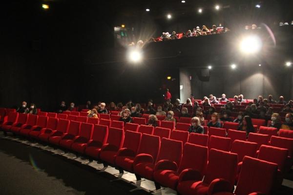 144 personnes spectateurs jeudi au Mégarama Axel pour «Rocks»