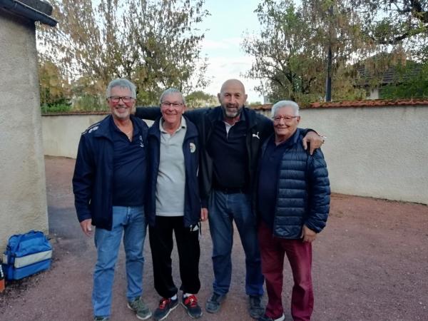 Boules Lyonnaises : Les Chalonnais brillent au concours vétérans de Beaune