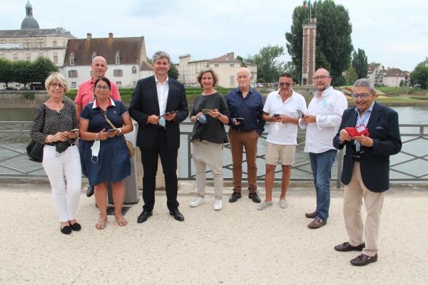Découvrez Chalon-sur-Saône autour de la photographie ancienne avec une application